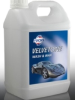 A combined detergent and polish for easy cleaning on all surfaces (5 litre)